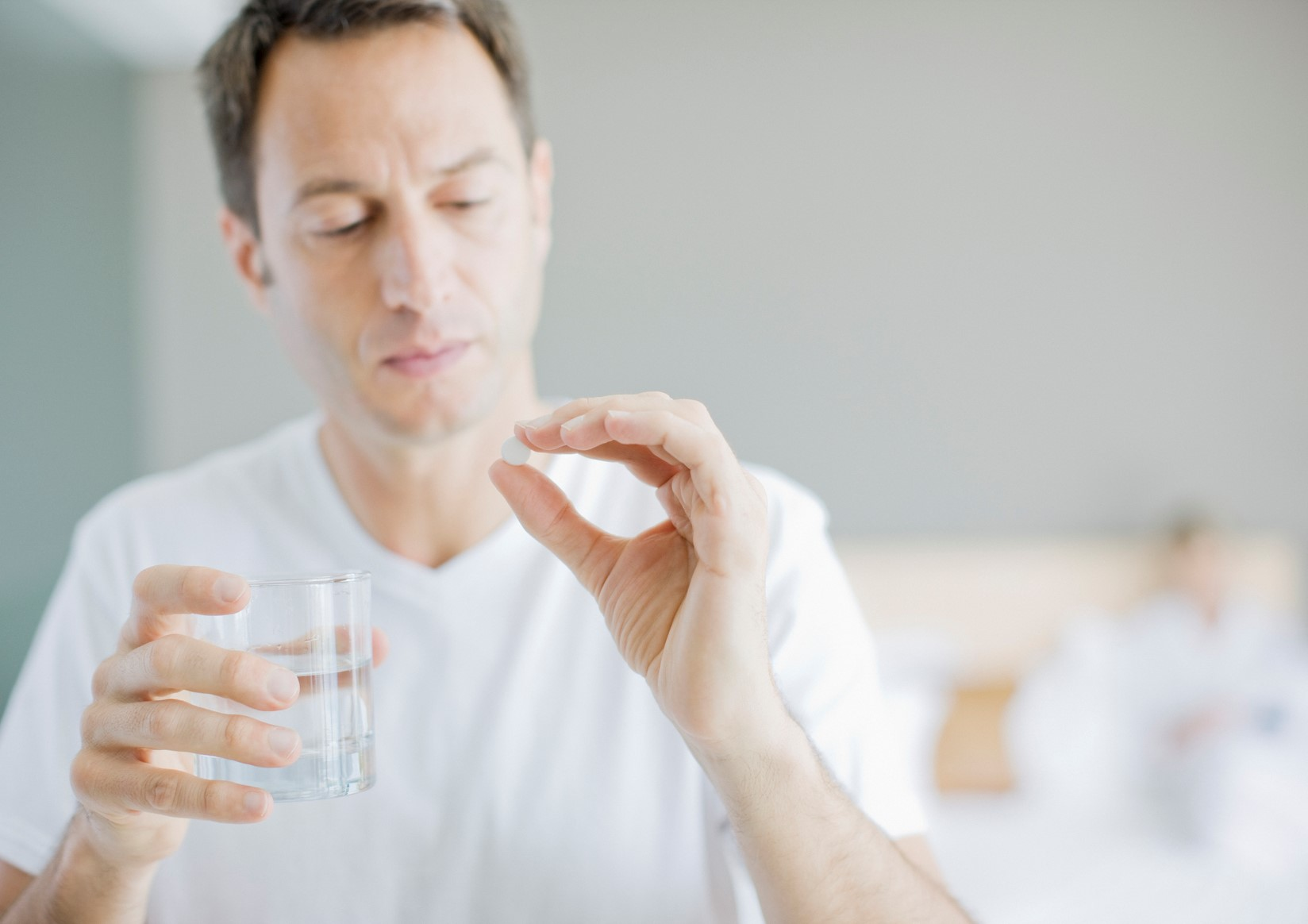 When to Take Pain Medications and When to Avoid Them on pinesspine.com